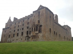 Linlithgow Palace / Wentworth Prison
