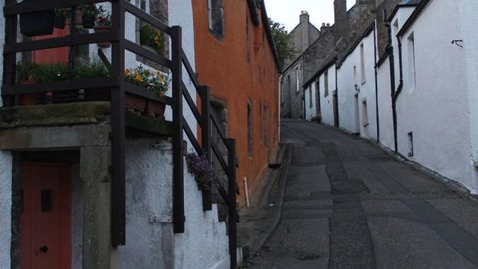 Street looking up to Mercat Cross