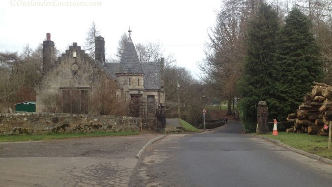 Calderglen Country Park Gate