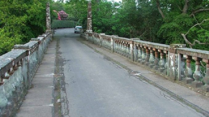 Old Barskimming Bridge